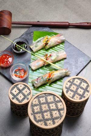Kombava Cafe: Vietnamese rice paper rolls