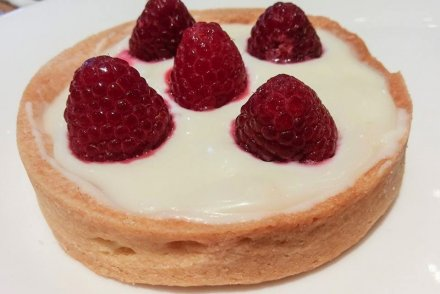 Haagen–Dazs Cafe White chocolate tart