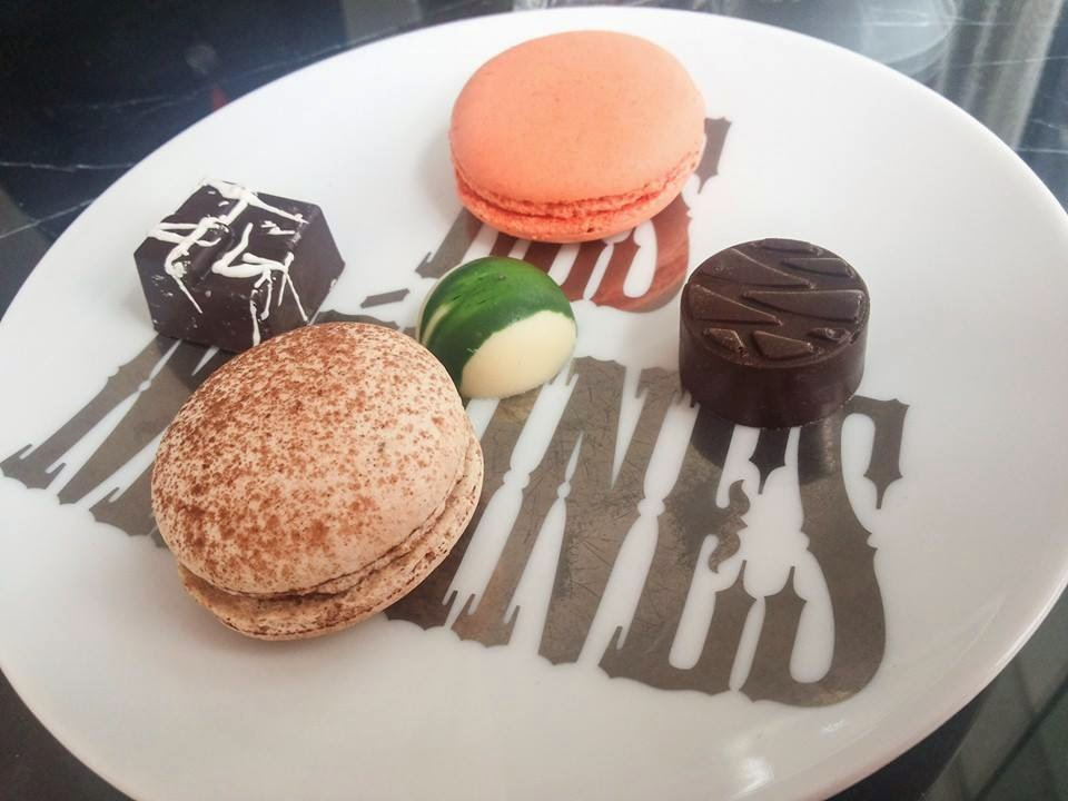 The Artisan: Macarons & chocolates