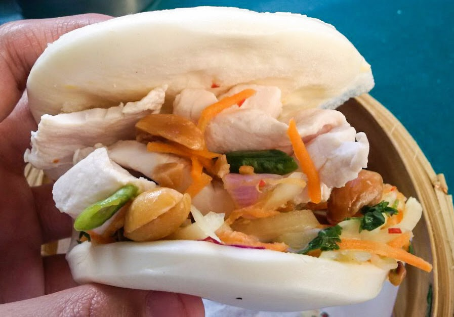 Howler: Chicken bao