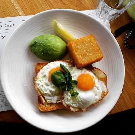 The Green Park breakfast steals the show with its silky, starchy potato filling which contrasts with a loudly crunchy exterior.