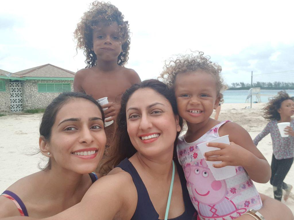 bahamas locals